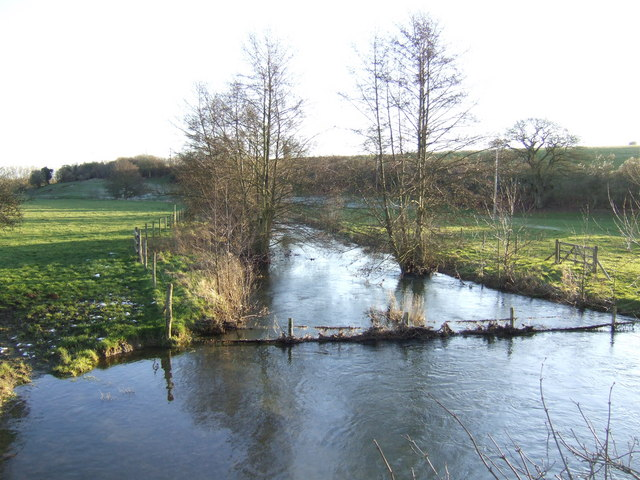 River Glyme flowing south - geograph.org.uk - 336882