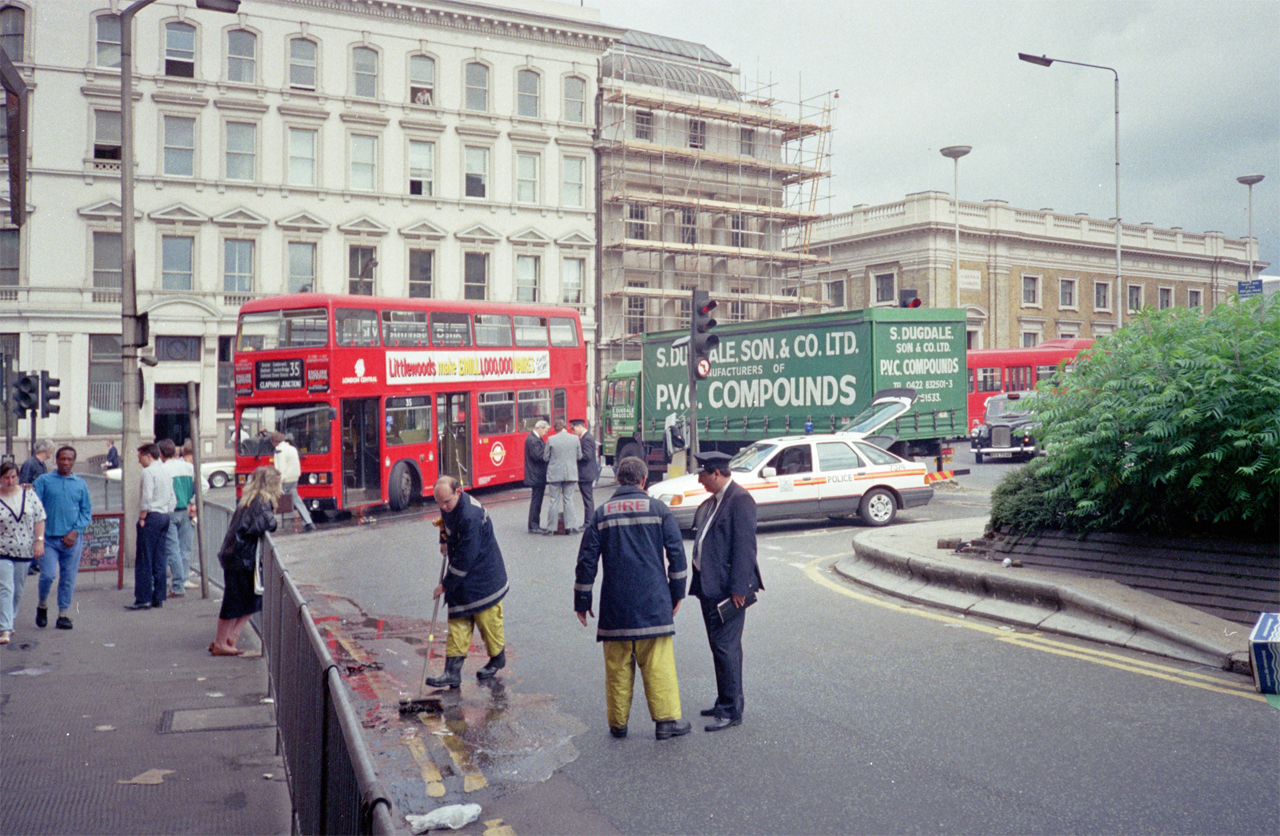 File:Road Traffic Accident, London Bridge - geograph.org.uk ...