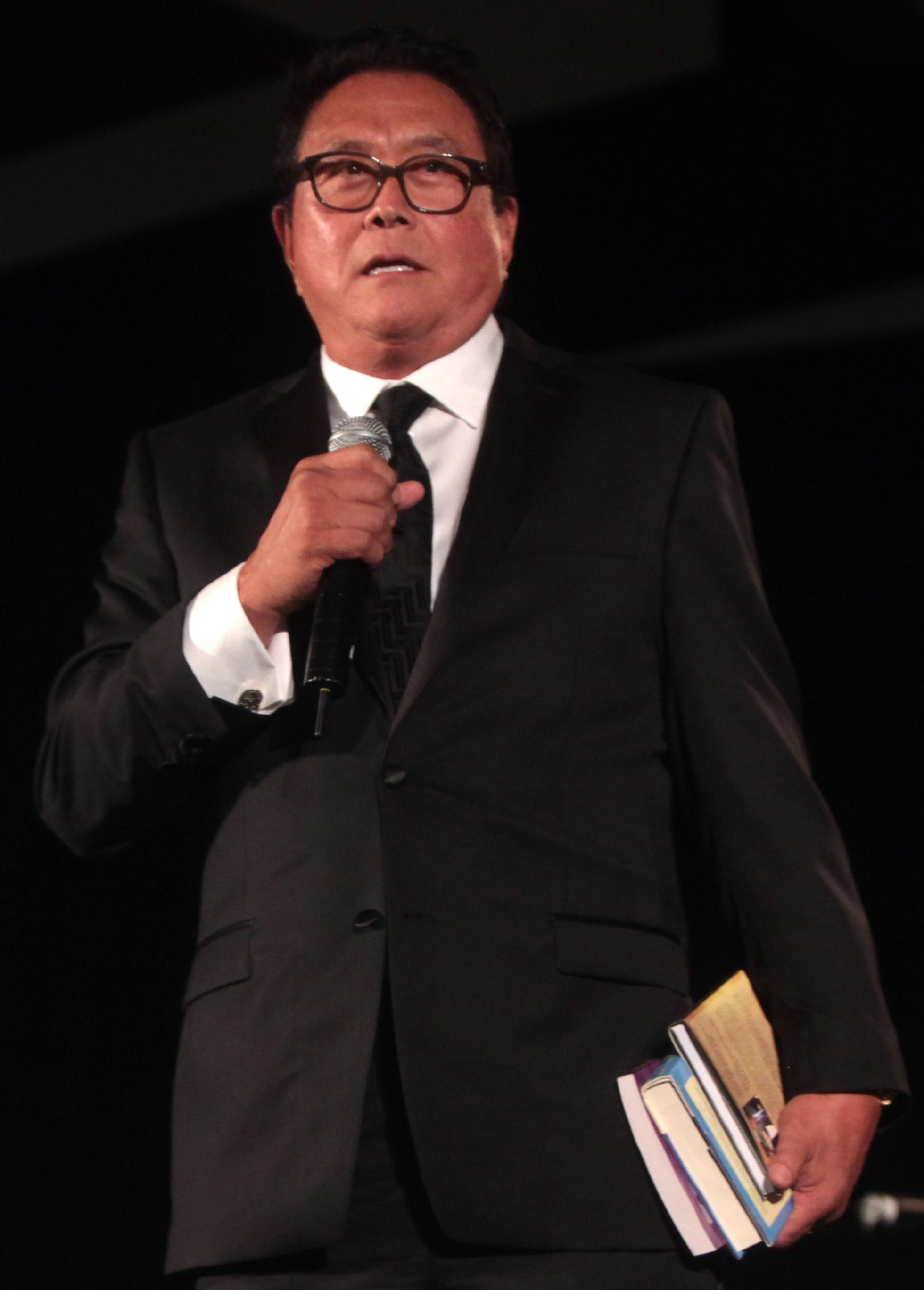 Picture of an author: Robert Kiyosaki
