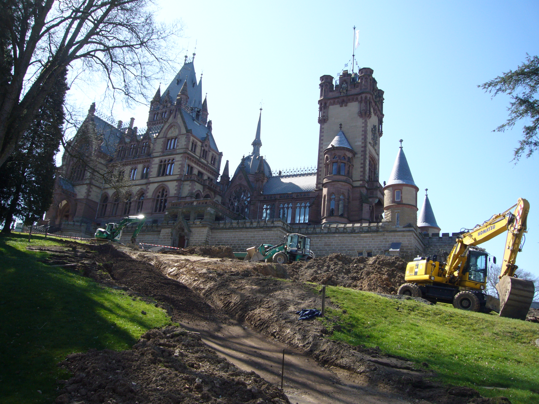 Construction in the Park 2010, Schloss Drachenburg by Wikimedia