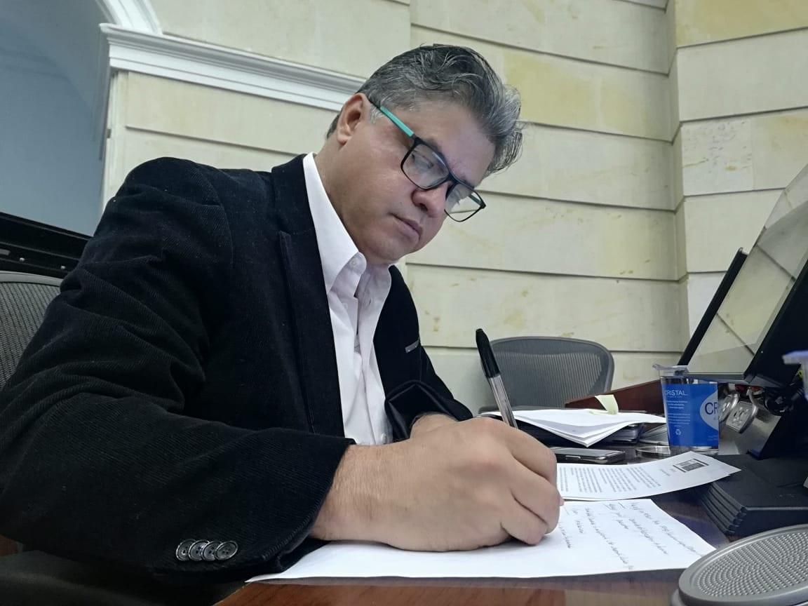 Wilson Arias - Wikipedia, la enciclopedia libre