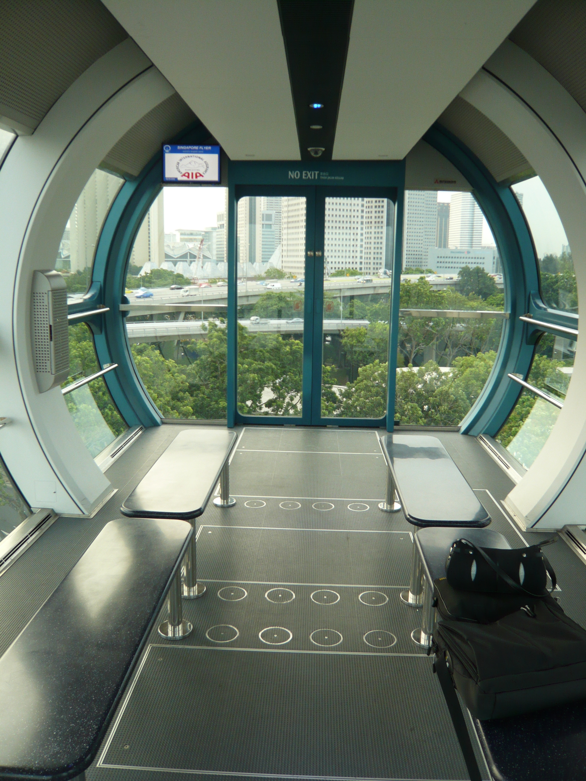 RTW2 II : Raffles - Singapore - Singapore Flyer