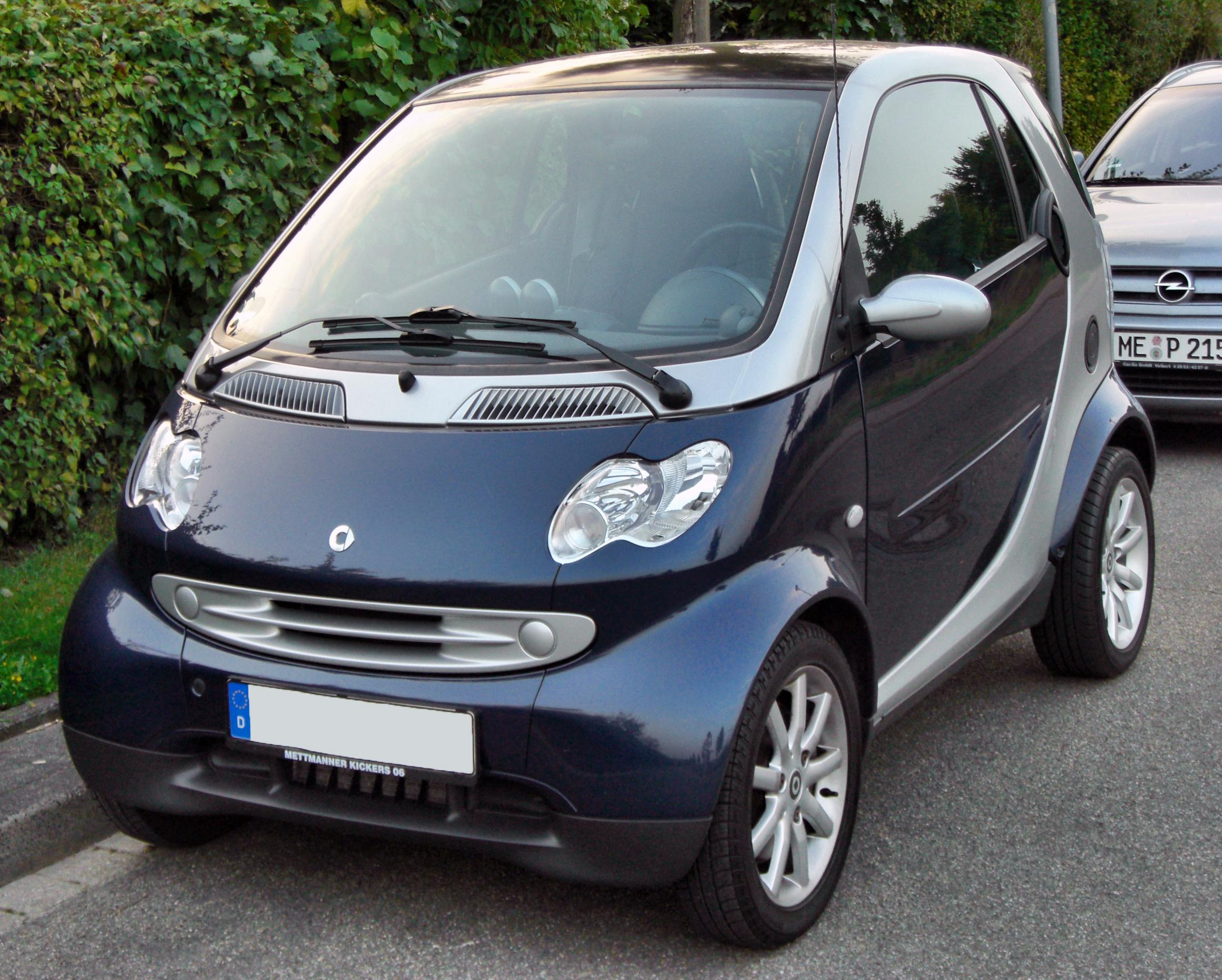 Electric Mercedes Smart Car For Two