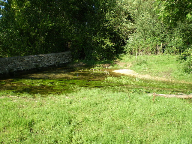 Source of the River Thames - geograph.org.uk - 1007379