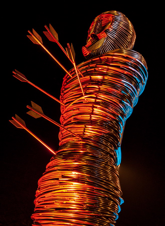 File st edmund statue designs on metal g