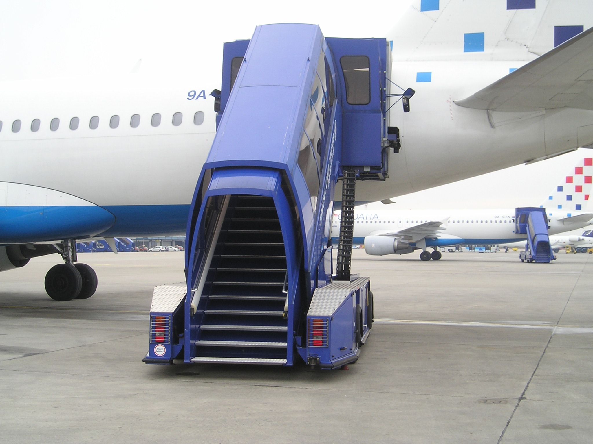 Nice File:Stairs On Aircraft.JPG