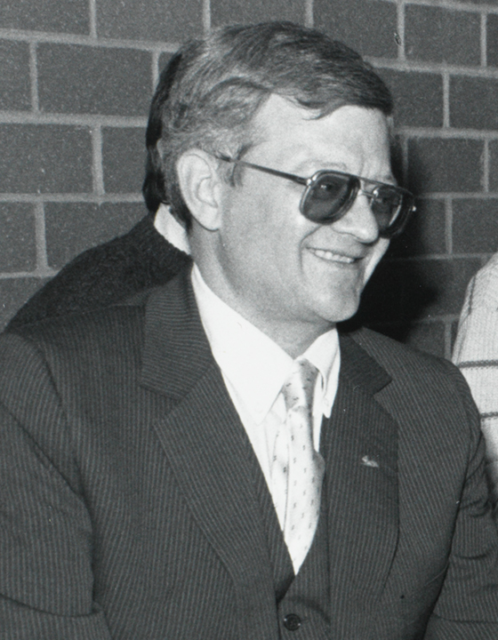 Clancy at [[Boston College]]'s Burns Library in November 1989