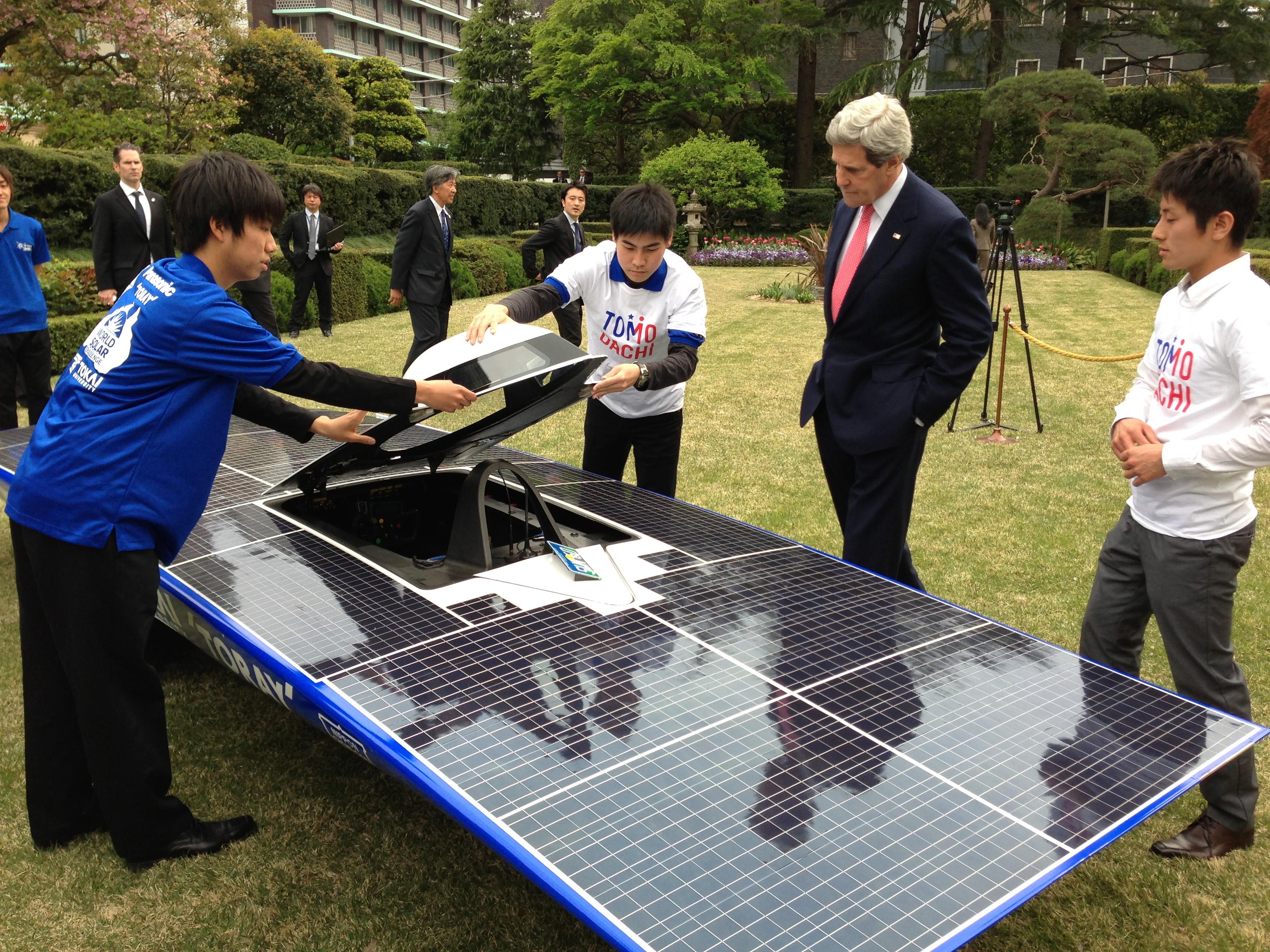 Solar vehicle - Wikipedia on