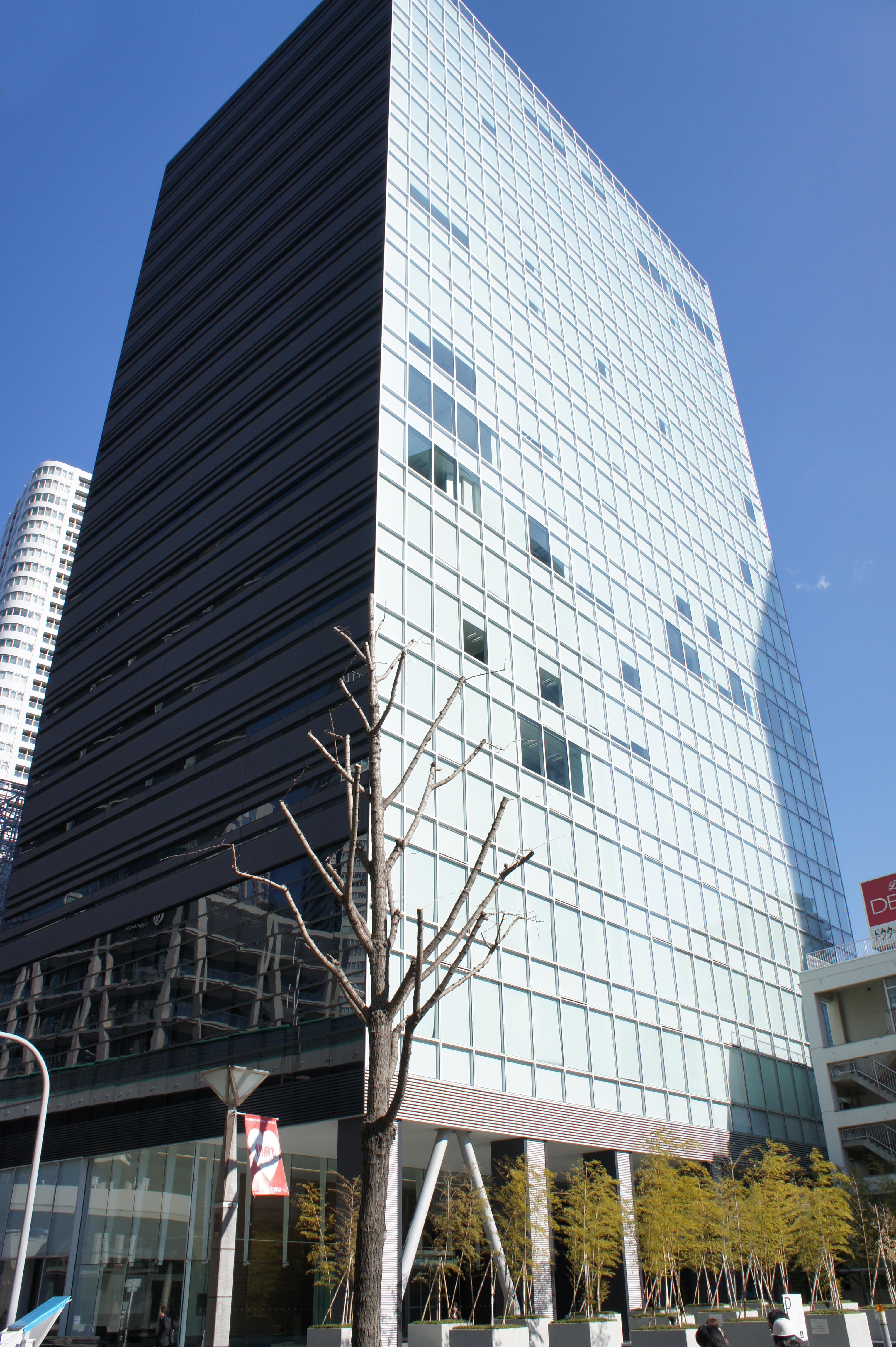 <b>梅田ゲートタワー</b> - Wikipedia