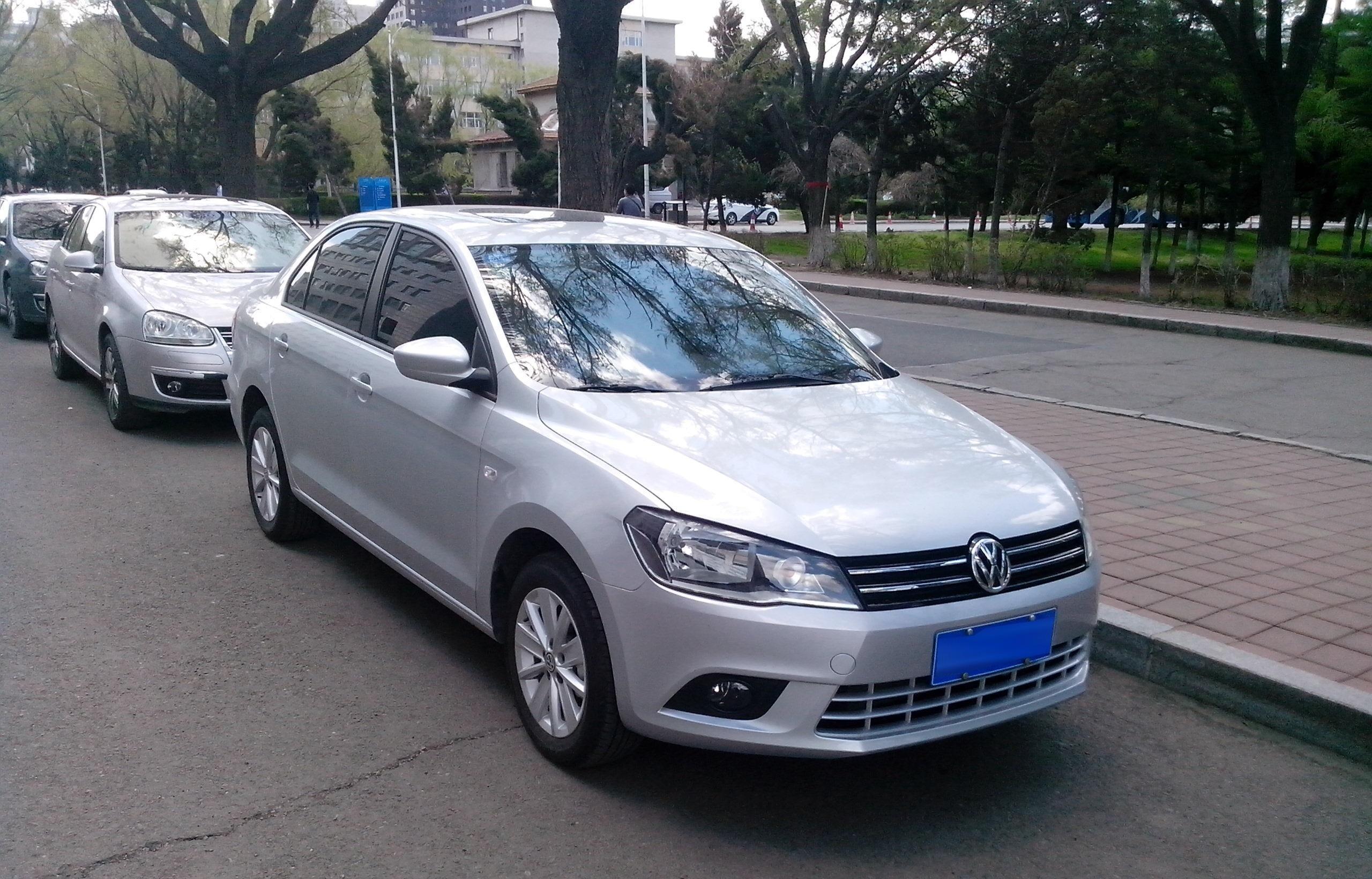 File:Volkswagen Jetta 2013 (Chinese market), front quarter.jpg - Wikimedia Commons