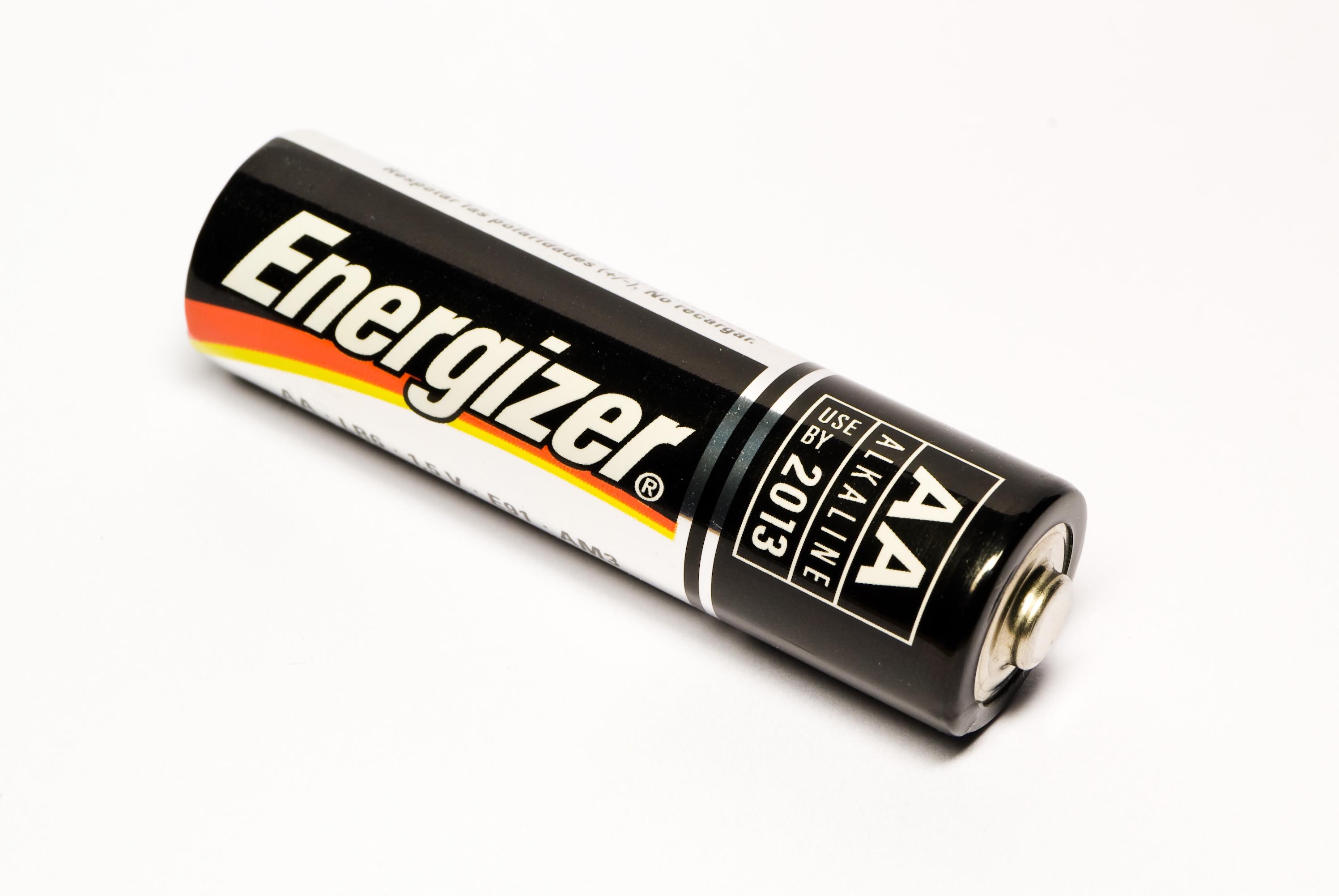 file 02 single energizer battery jpg wikimedia commons