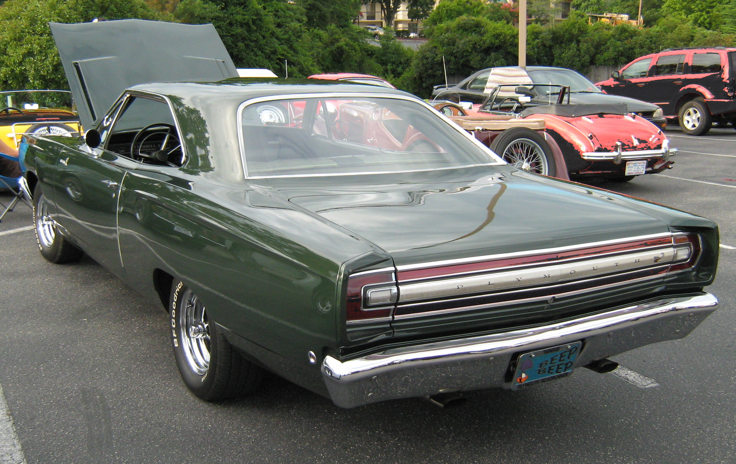 File 1968 Road Runner Green Rear Jpg Wikimedia Commons