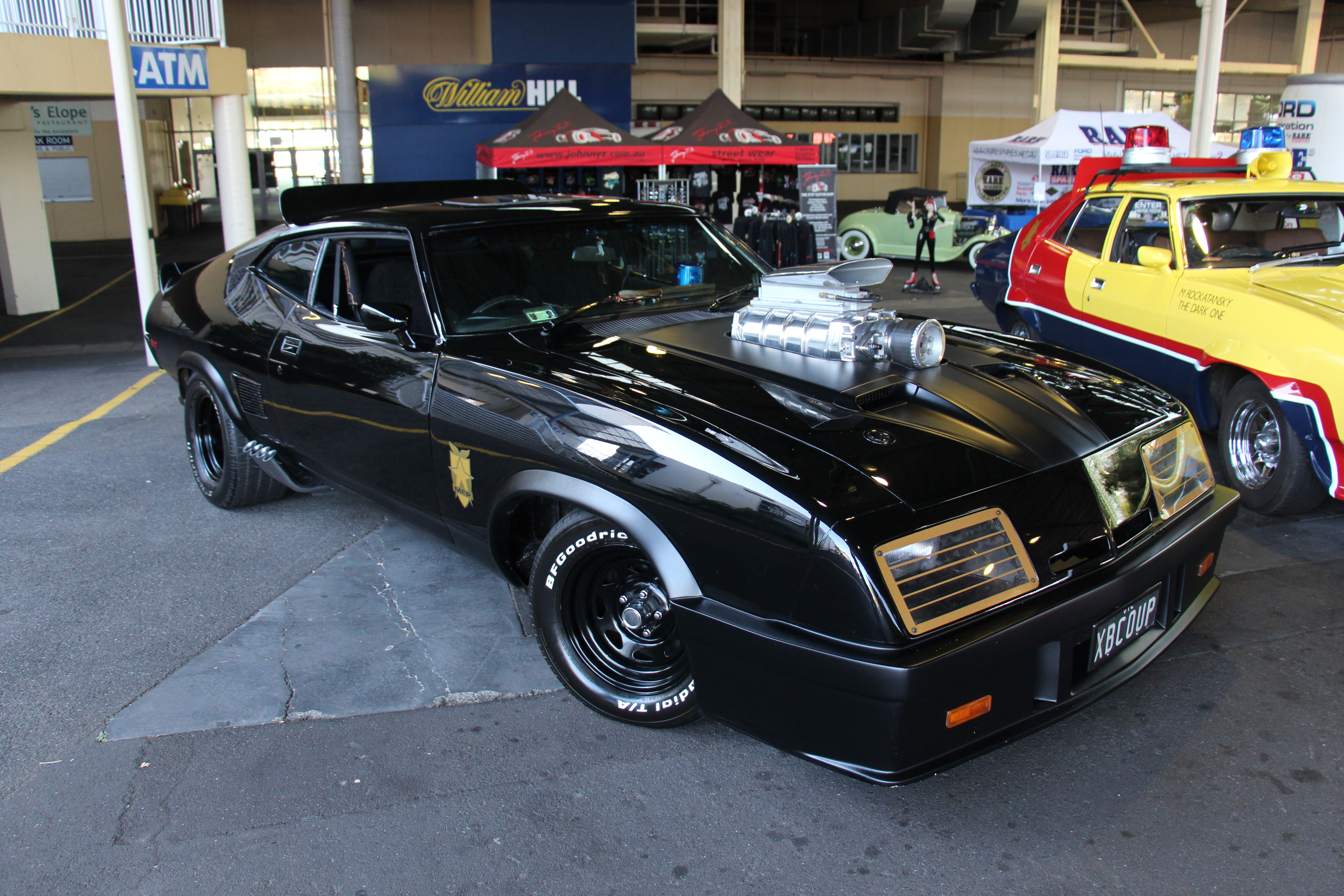 File 1973 Ford Xb Falcon Hardtop Mad Max Tribute 16862243577 Jpg Wikipedia