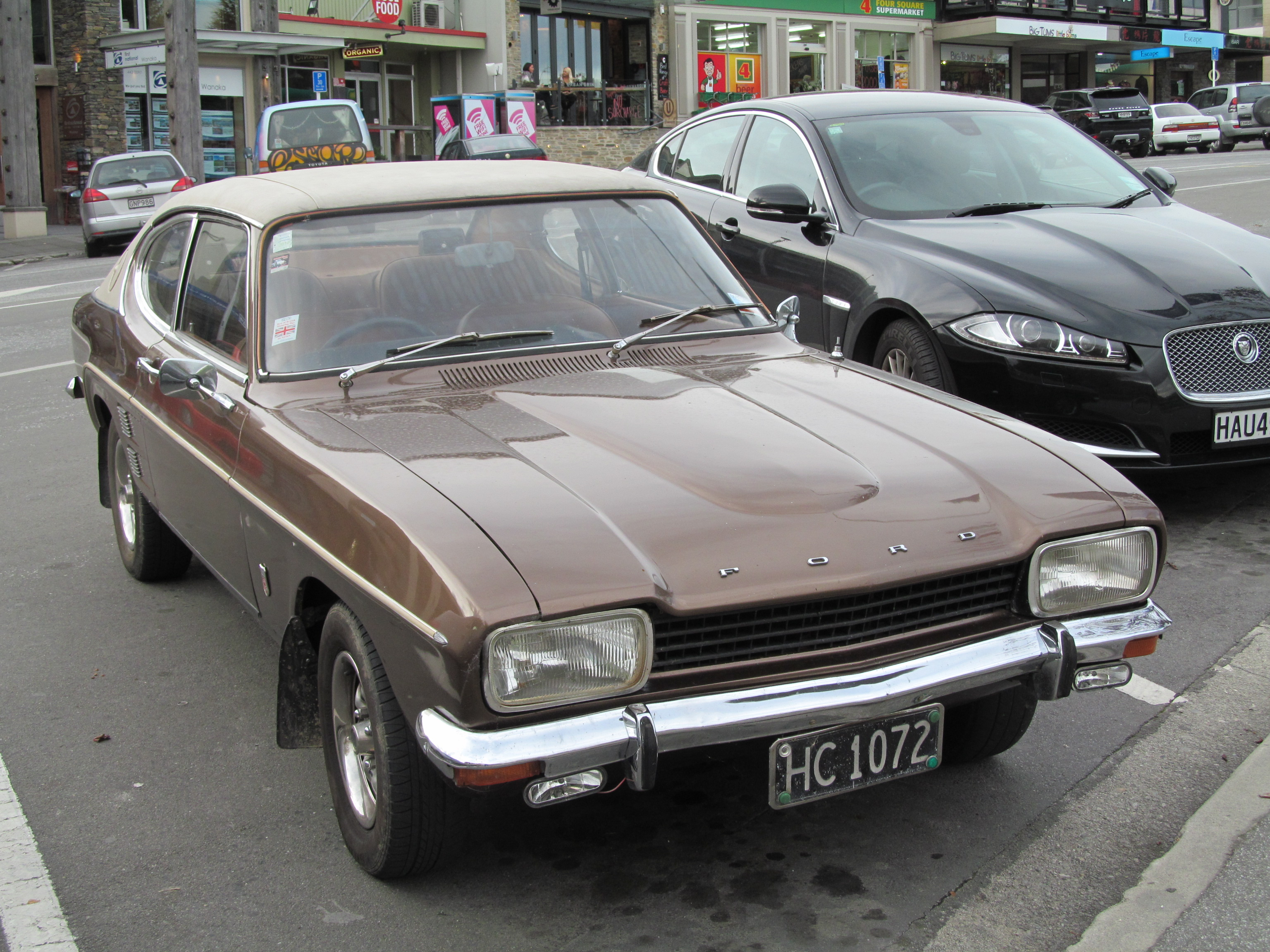 file 1974 ford capri 3000 14967609075 jpg wikimedia commons. Black Bedroom Furniture Sets. Home Design Ideas