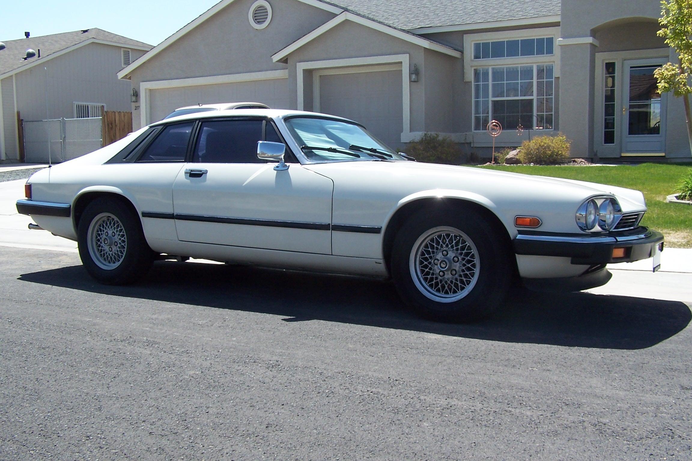 File:1991 Jaguar XJS (US Model V12).JPG