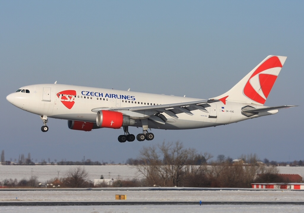 File Airbus A310 325 Et Csa Czech Airlines An1631926