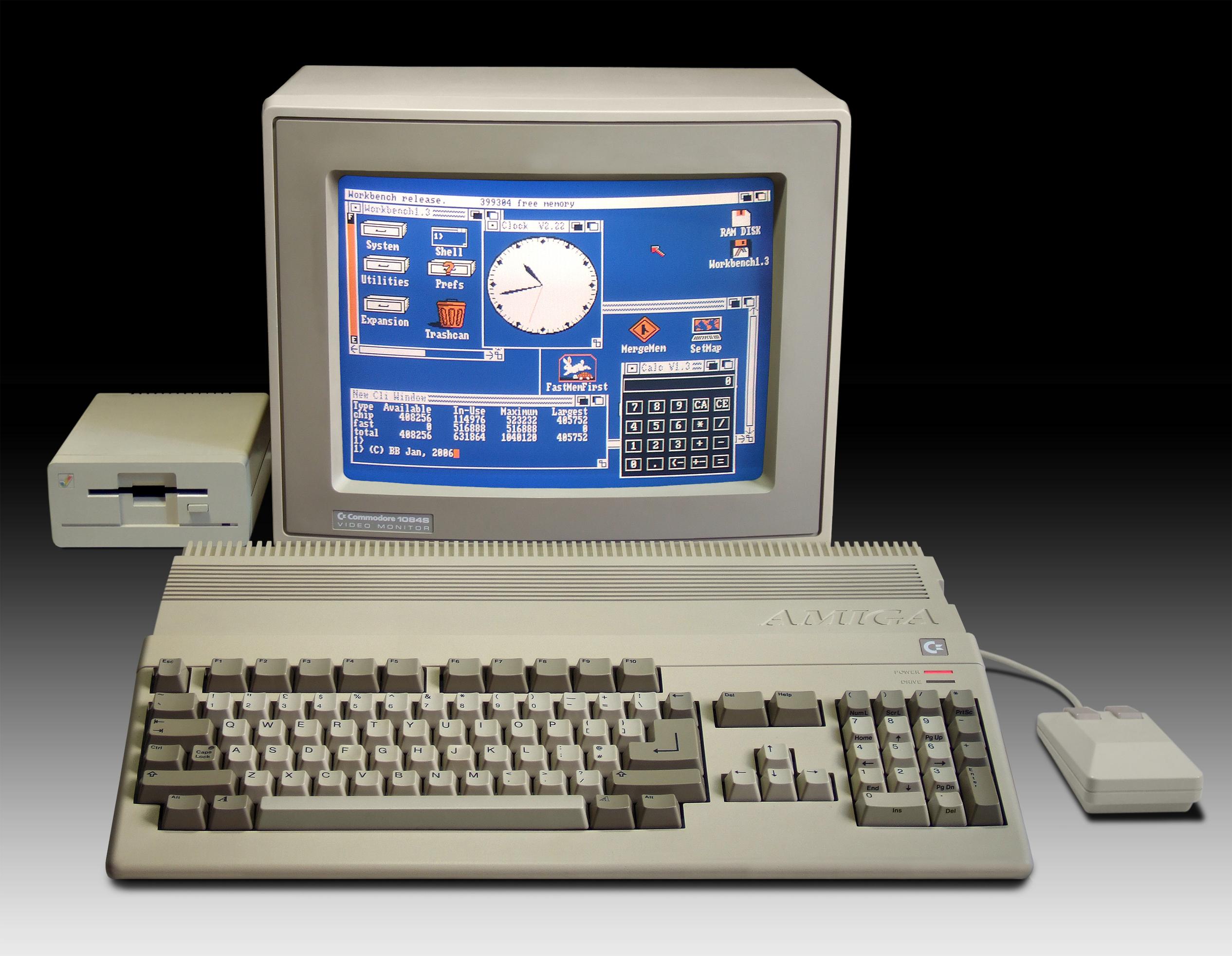 [Imagen: Amiga500_system1.jpg]
