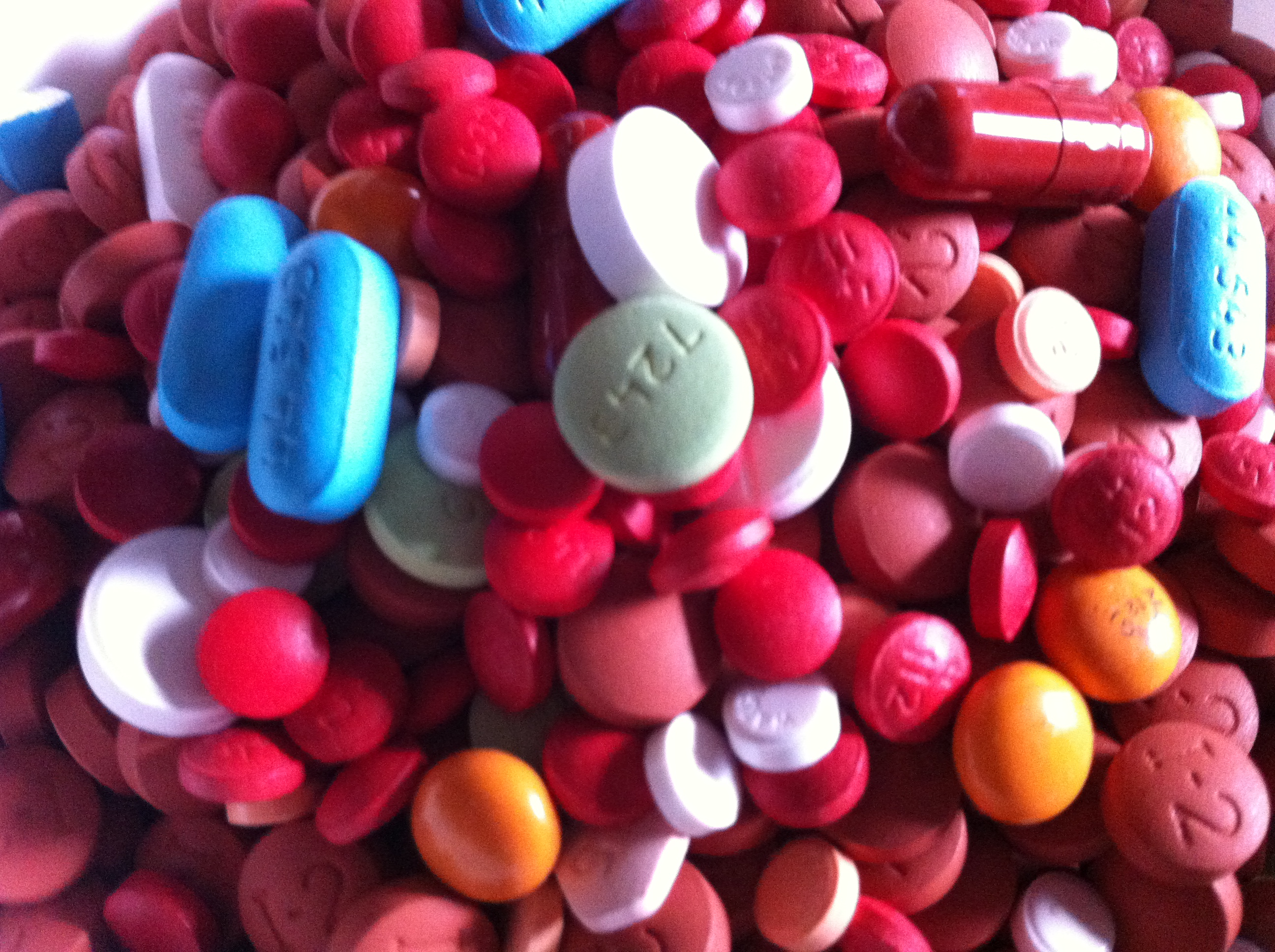 File:Assorted Pills 3.JPG - Wikimedia Commons