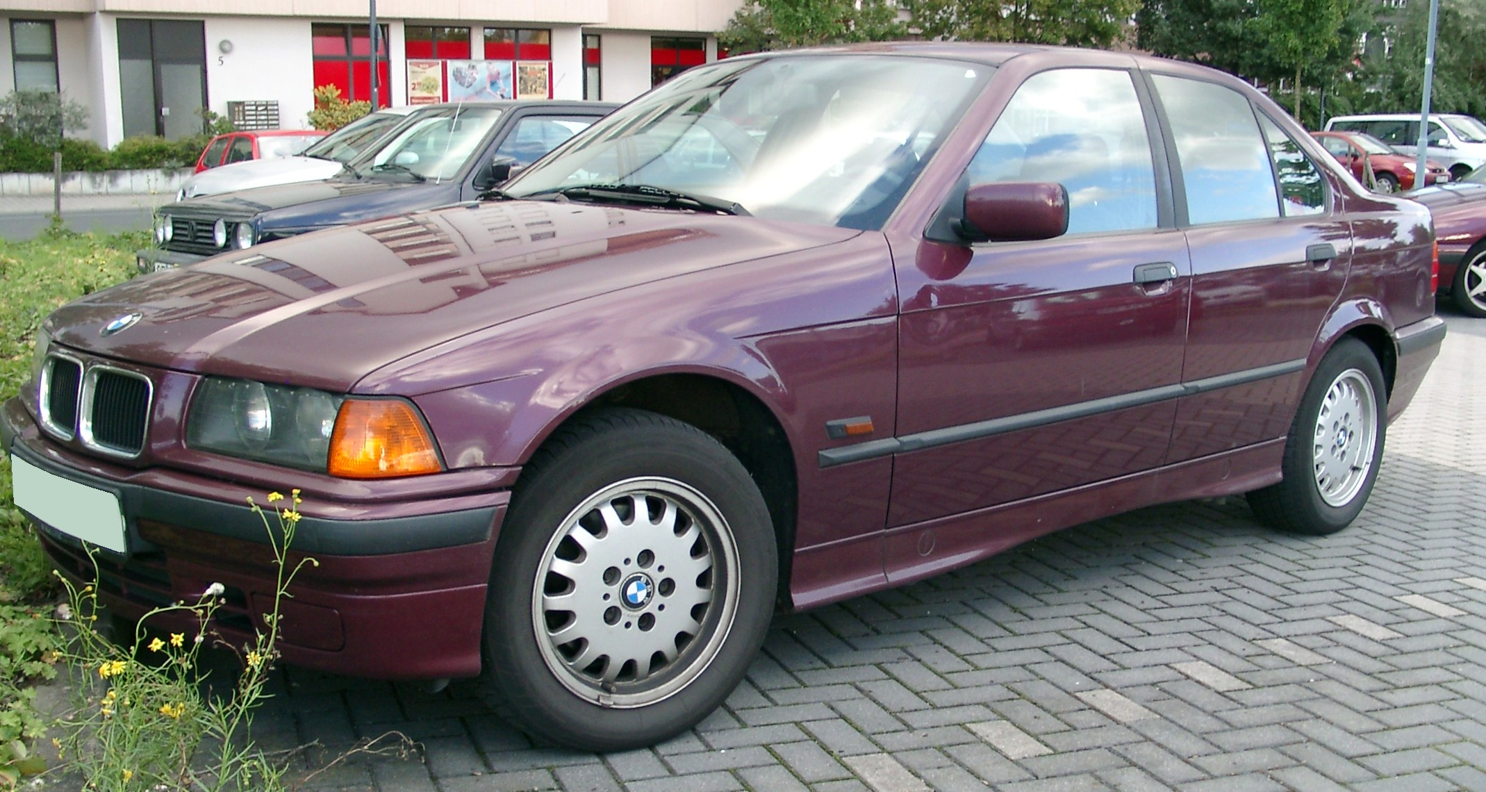 Why the BMW E36 3-Seires is the Perfect First Car