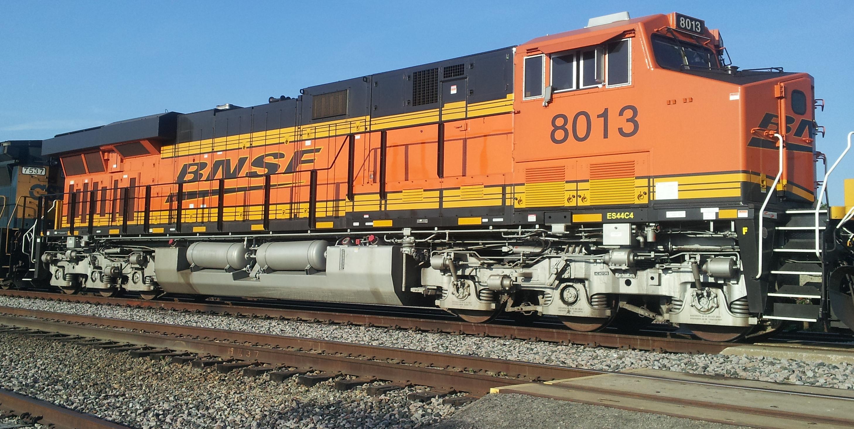 BNSF 8013.jpg