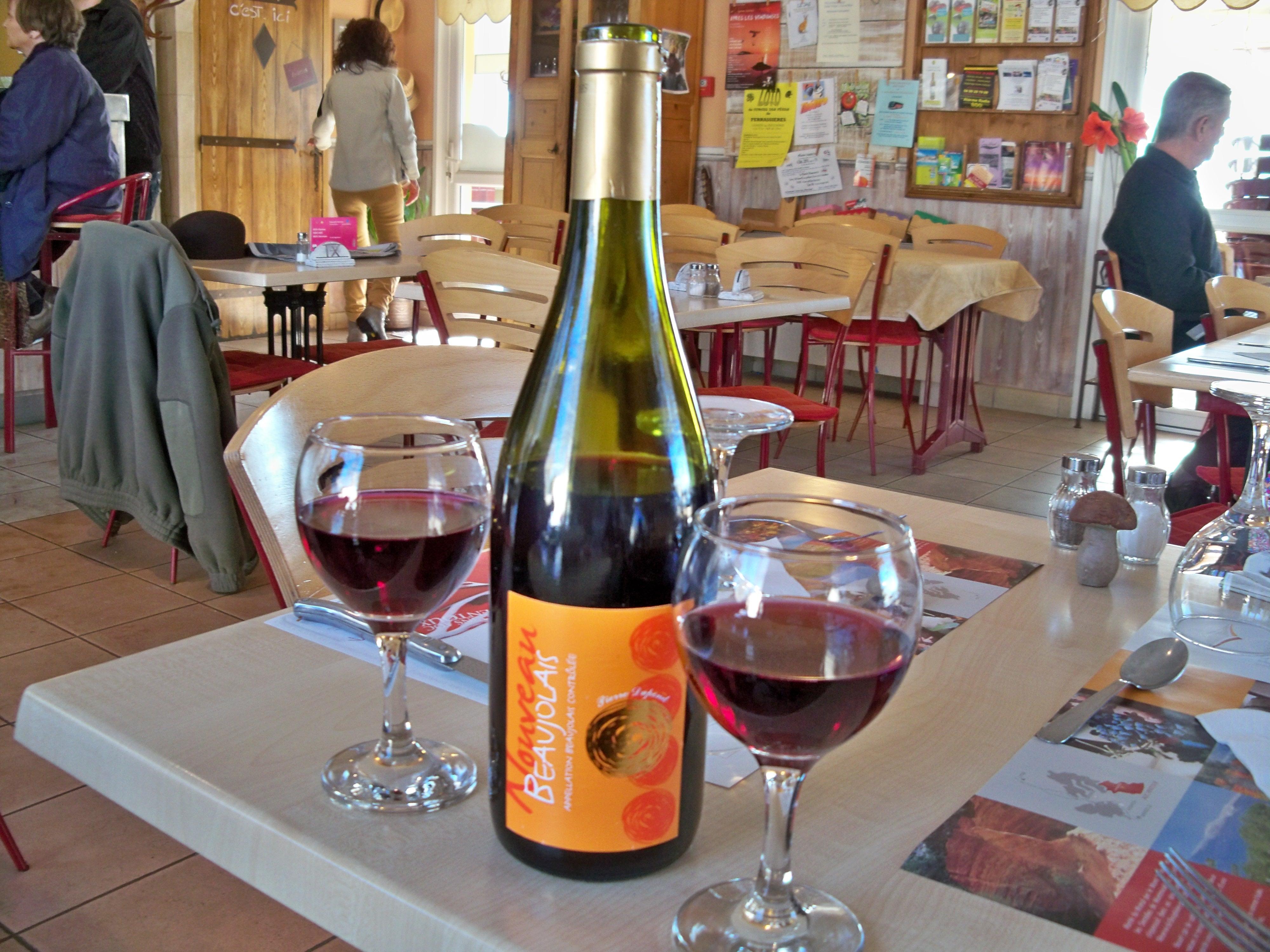 Français : Beaujolais nouveau au Bistrt de Pay...