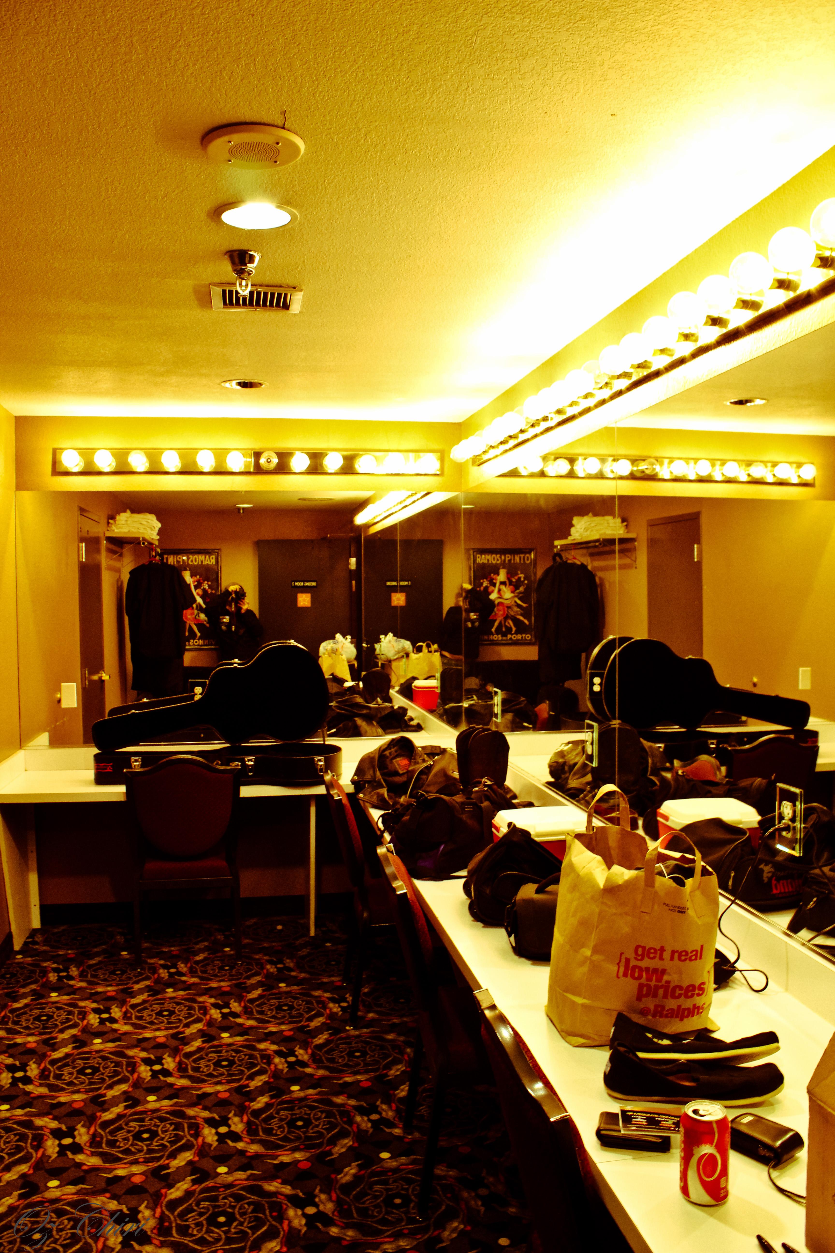 Blue Embrace & Oz Chiri Live at Casablanca Casino 23.jpg English: Blue Embrace & Oz Chiri Live at Casablanca Casino Date 6 July 2013, 23:07:00 Source