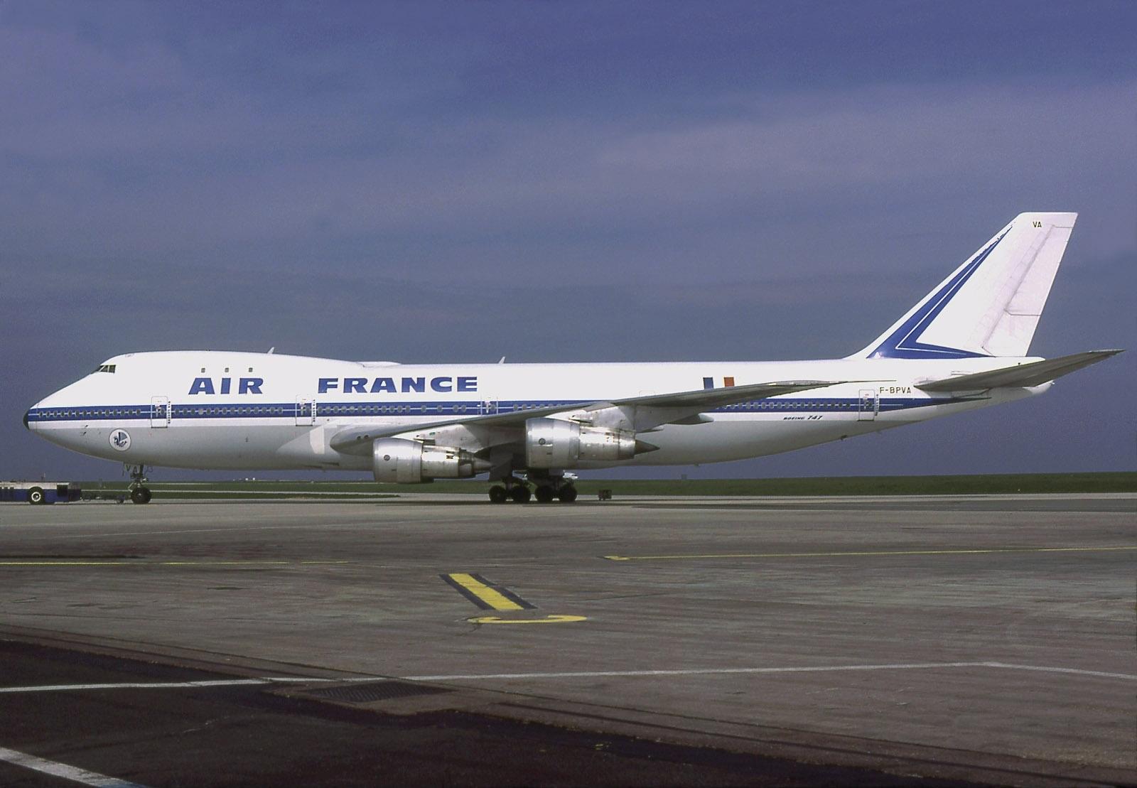 File Boeing 747 128 Air France An0579398 Jpg Wikimedia