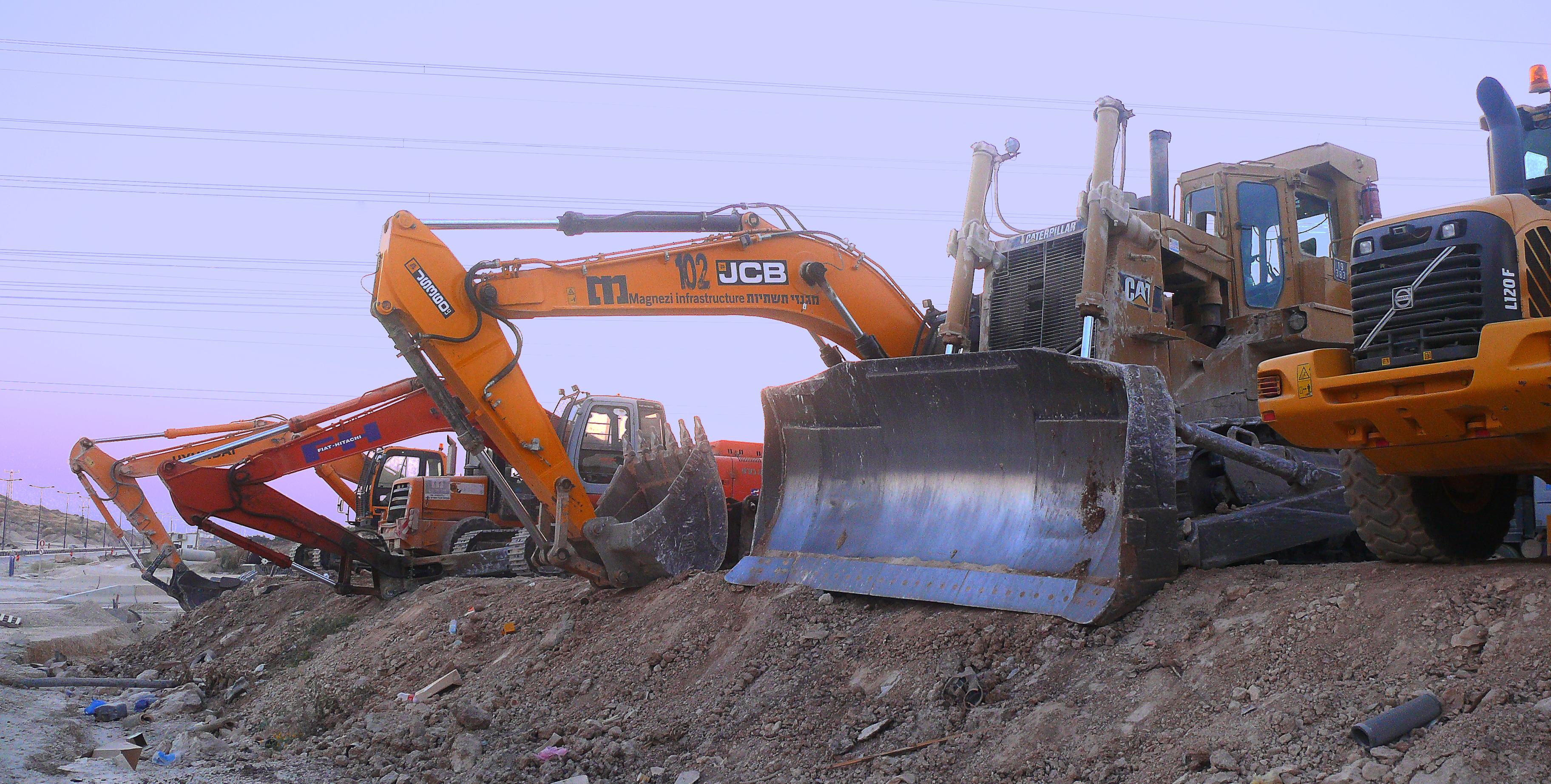 Types Of Excavators : Construction work types
