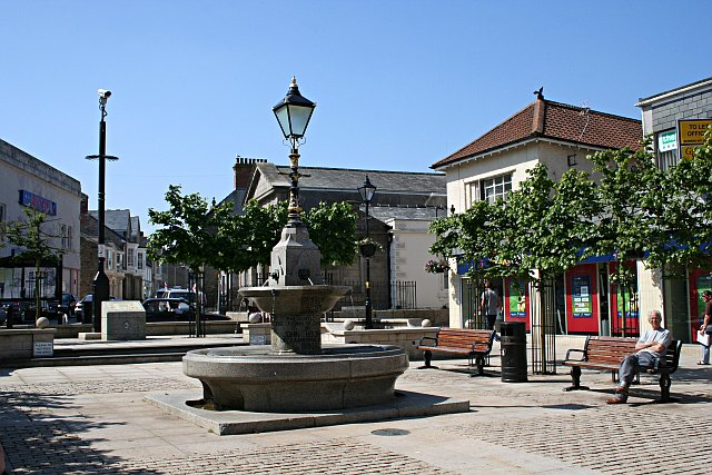 Cambourne United Kingdom  city photos gallery : Commercial Square, Camborne Town Centre