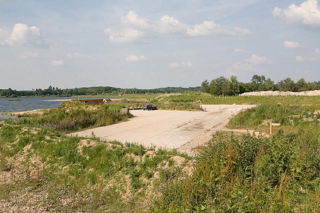 Car park for Blashford Lakes, Ellingham Drove - geograph.org.uk - 836646