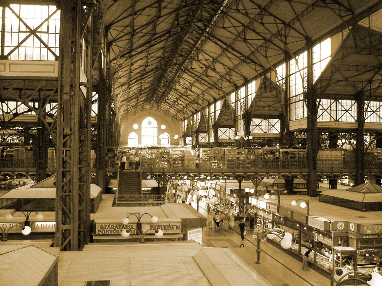 Central market hall, Budapest.jpg