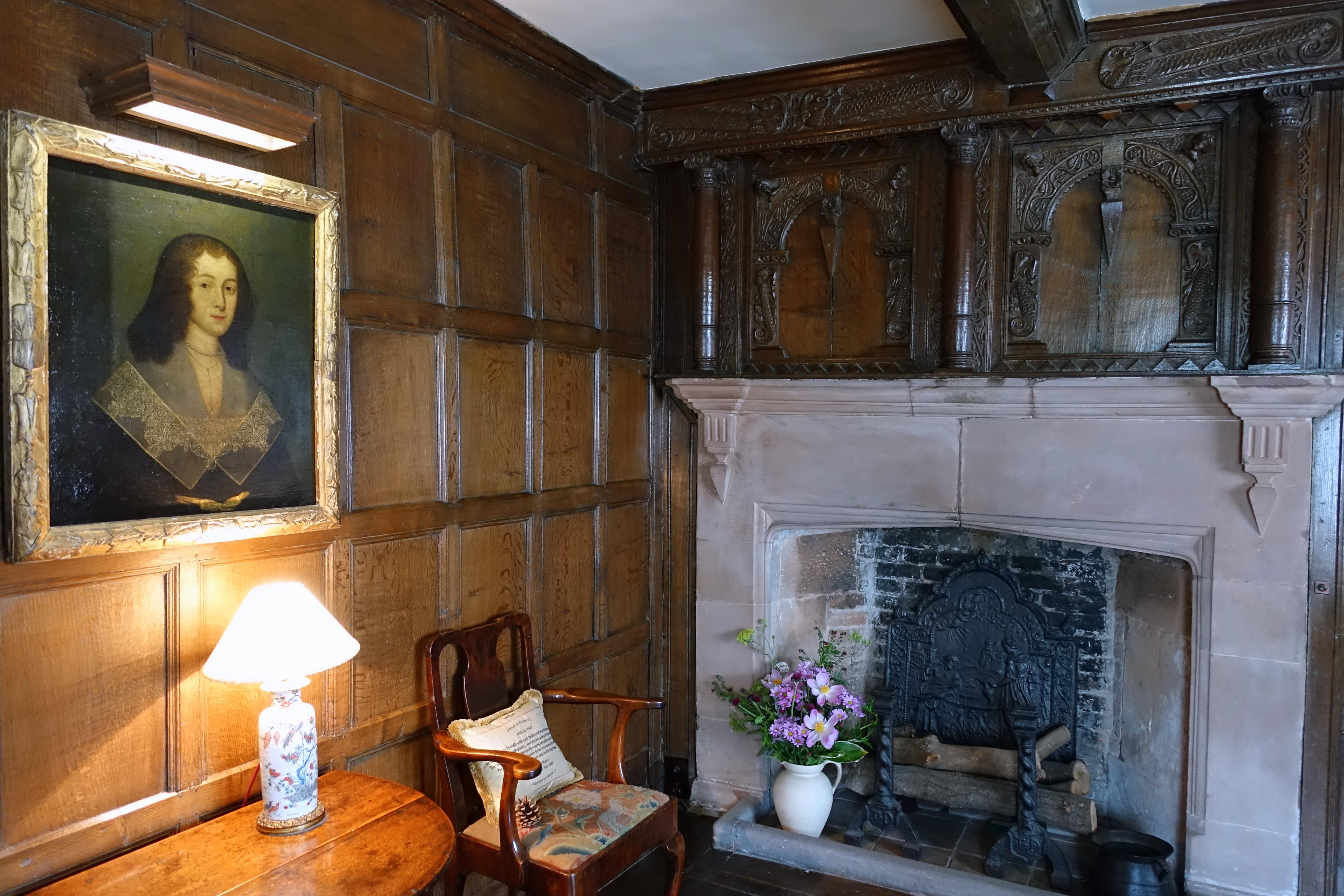 File:Drawing Room - Packwood House - Warwickshire, England ...
