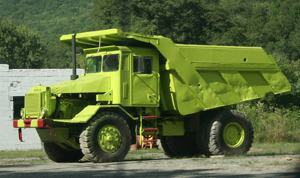 File Euclid Haul Truck 2345937555 Jpg Wikimedia Commons