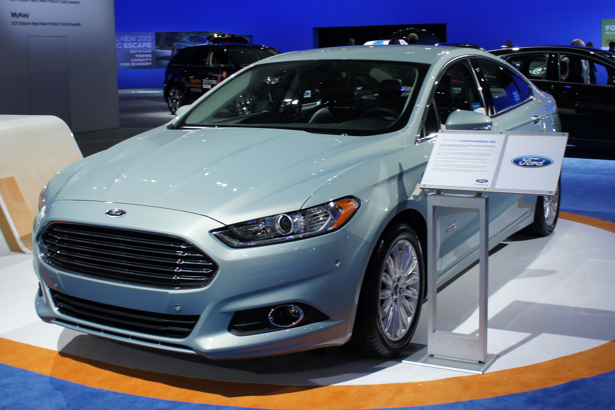 ford fusion hybrid plug in. Black Bedroom Furniture Sets. Home Design Ideas