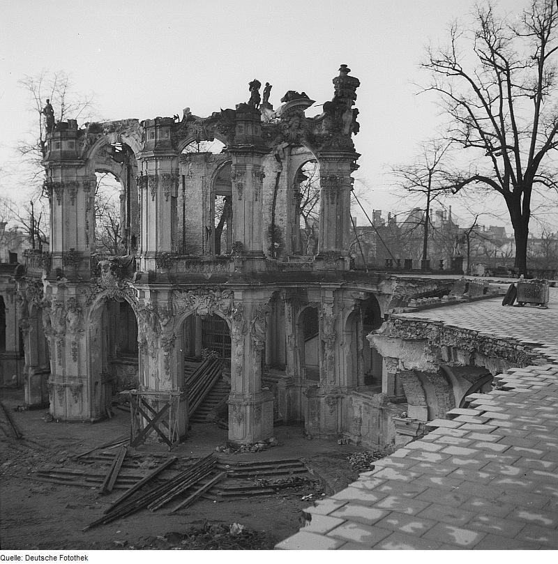 Dresden Castle Zwinger 1945