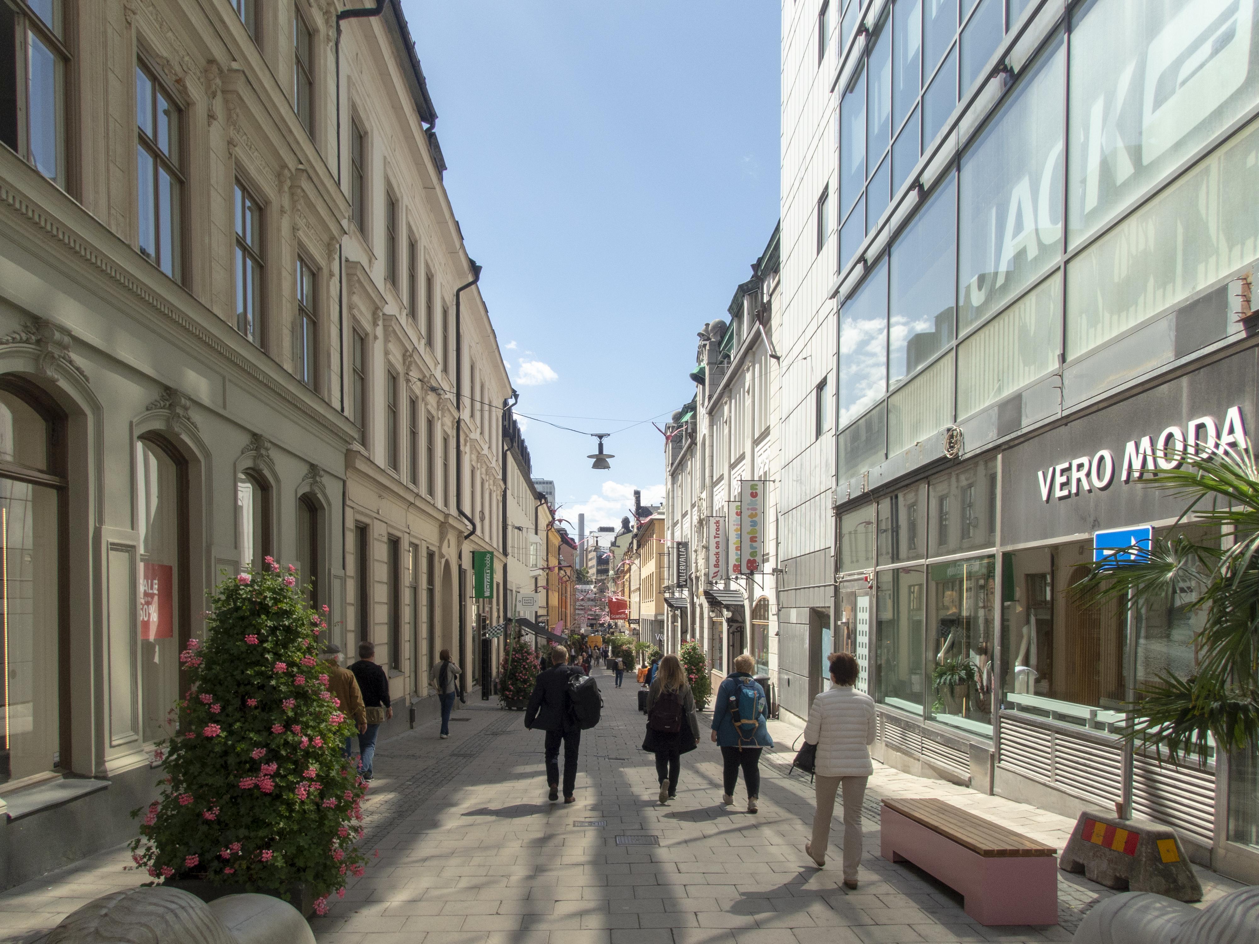gamla brogatan stockholm