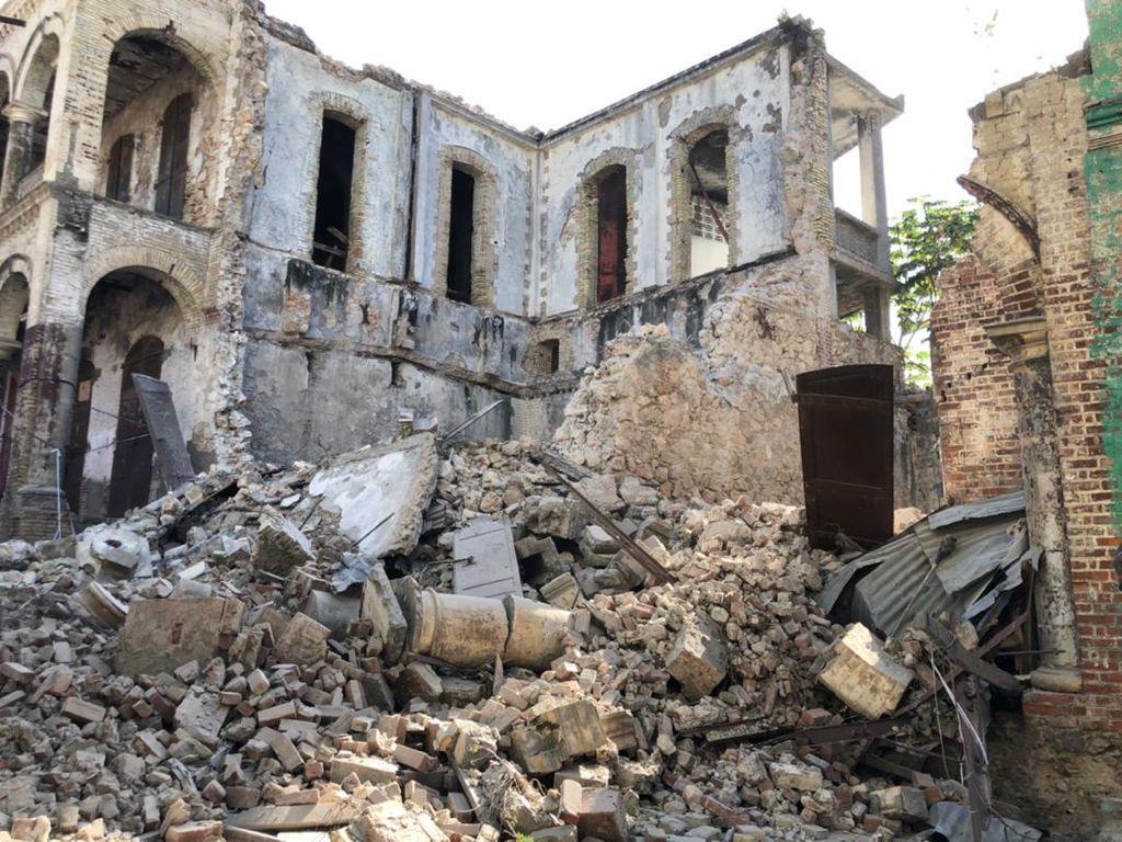 Haiti Earthquake 10.jpg