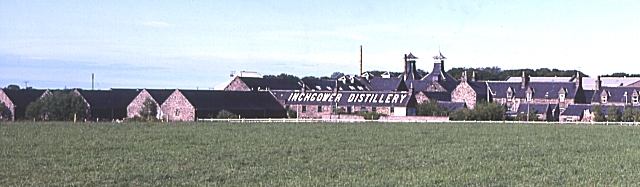 File:Inchgower Distillery - geograph.org.uk - 223146.jpg