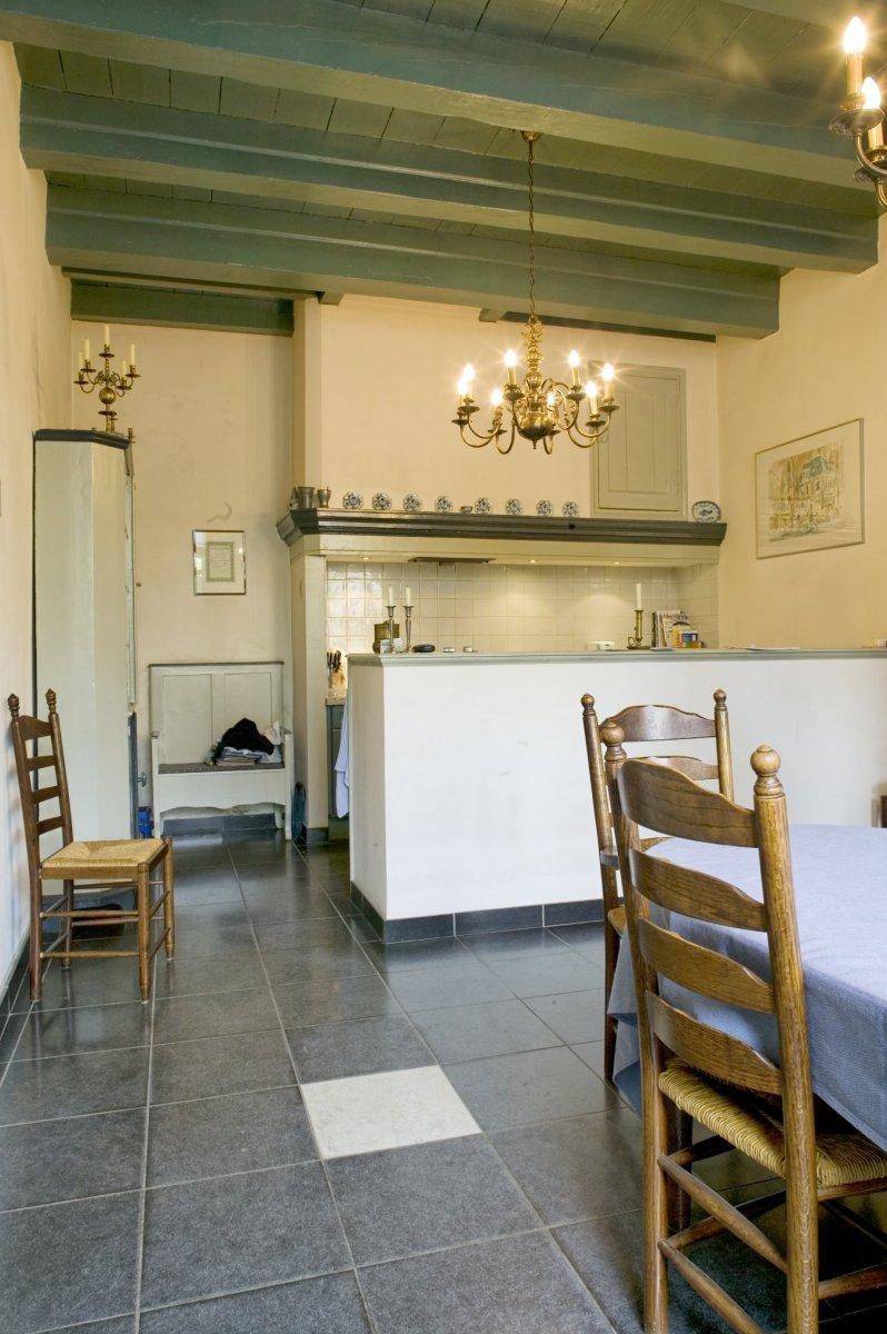 File interieur keuken met balkenplafond leiden for Interieur leiden