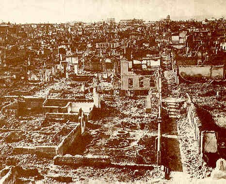 File:Izmir, after the fire in 1922.jpg