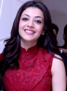 Kajal Aggarwal promoting DLKK.jpg