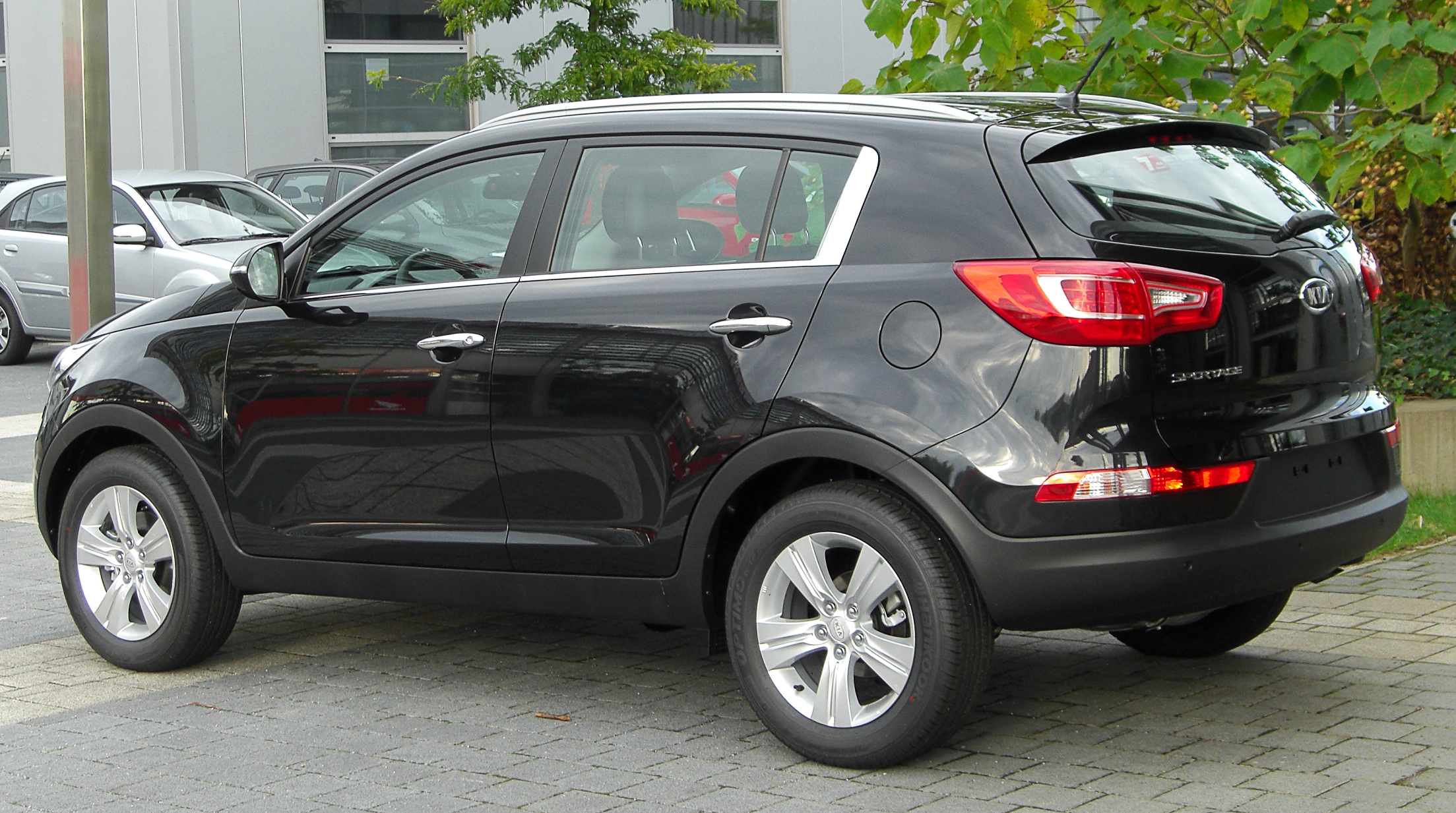 File Kia Sportage Iii Rear 20100918 Jpg Wikimedia Commons