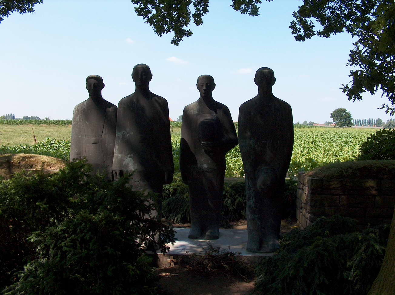 Langemark statues opposite the cemetery