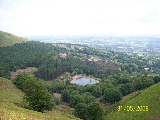 Looking down towards Blaen Bran Res'r - geograph.org.uk - 933590