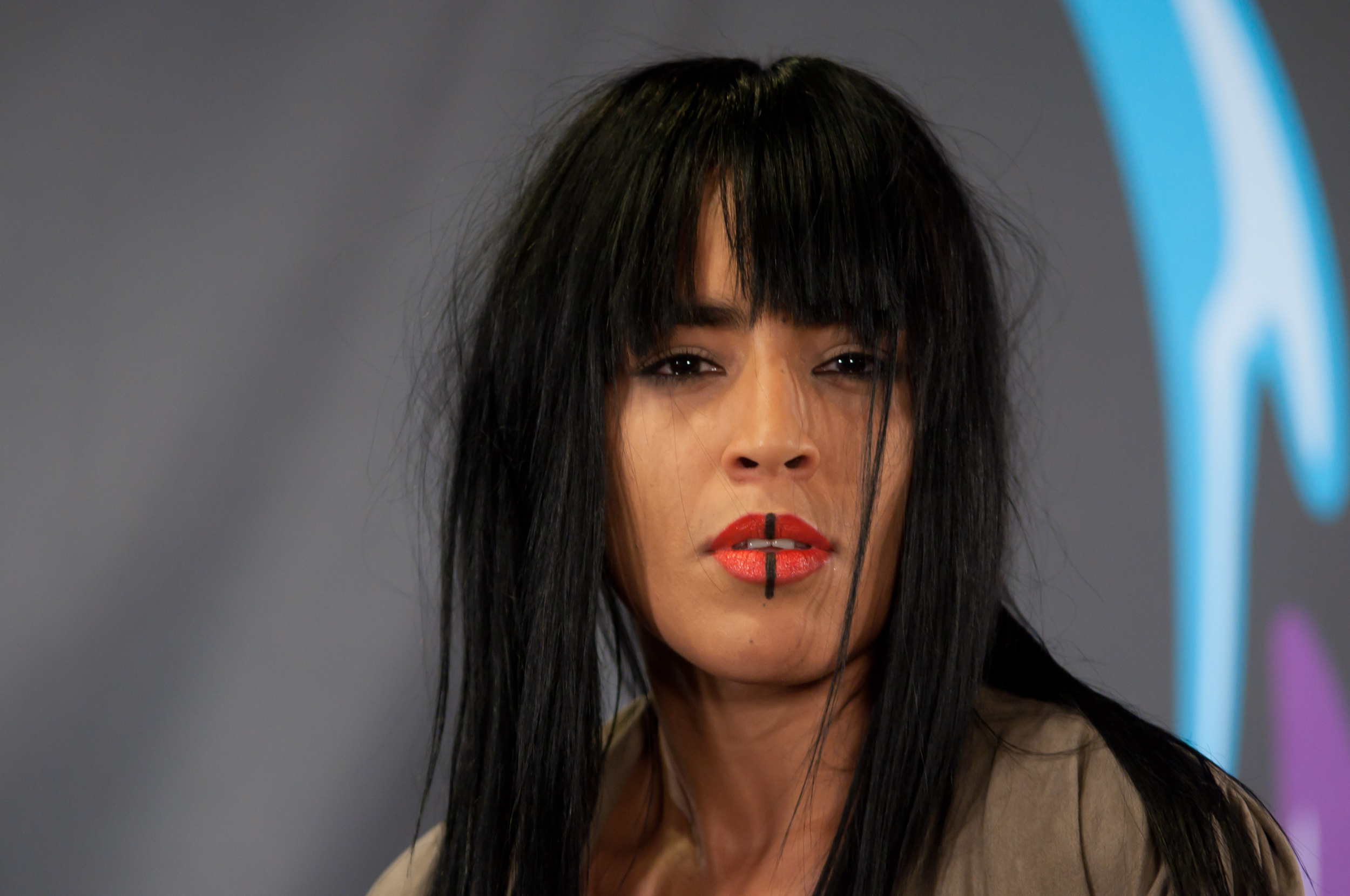 31 Press Conference >> File:Loreen 2010.jpg - Wikimedia Commons