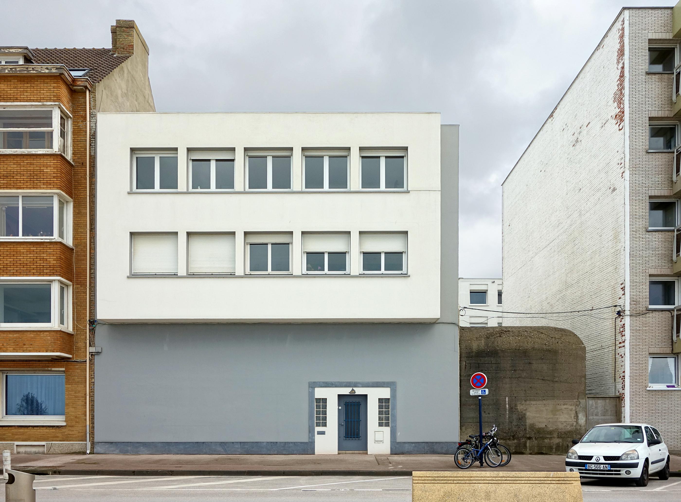 File:Malo maison blockhaus.jpg