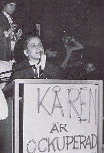 Svenska: Maj natt 1968 Olof Plame på besök i o...