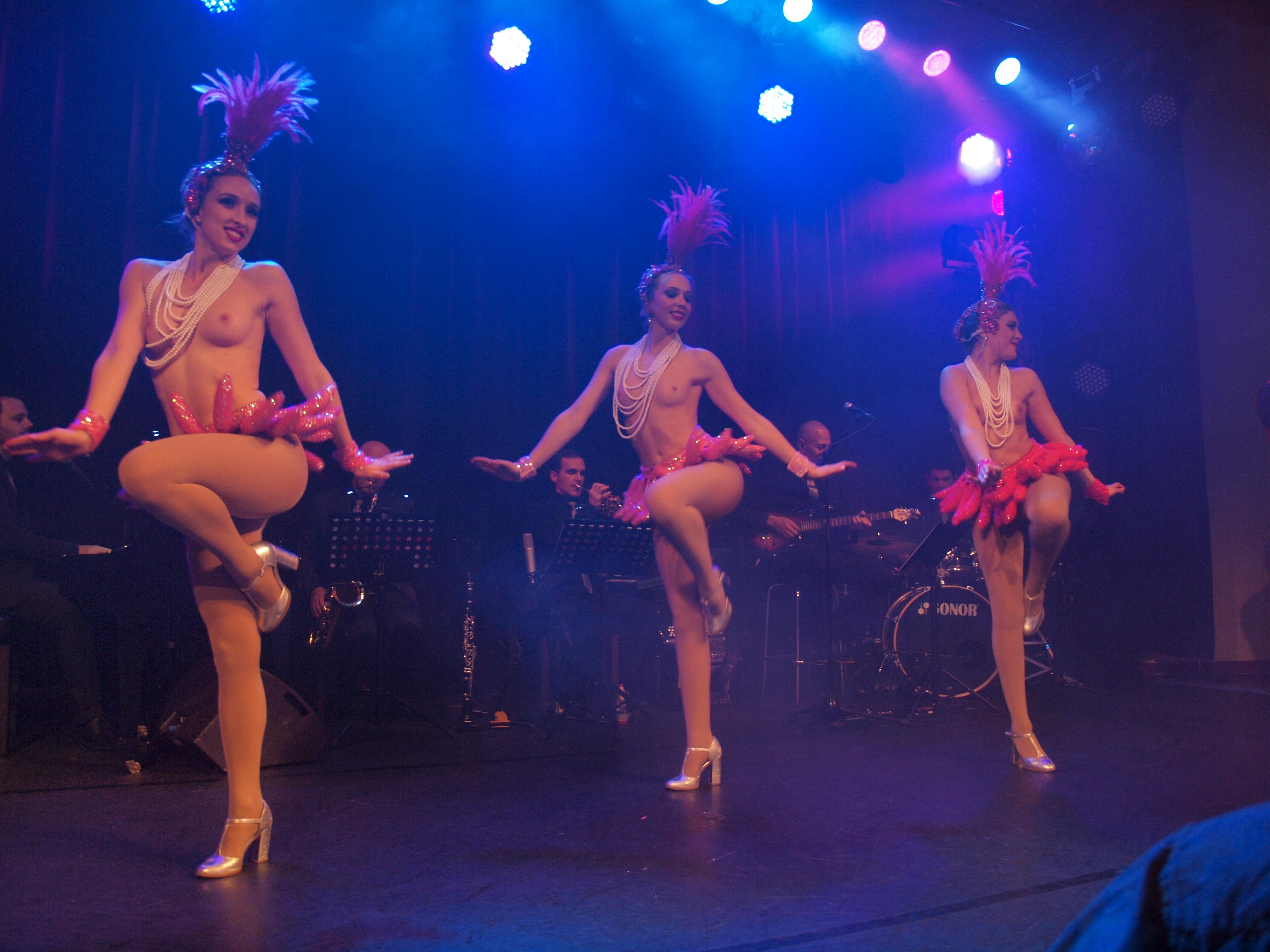 cabaret casino club