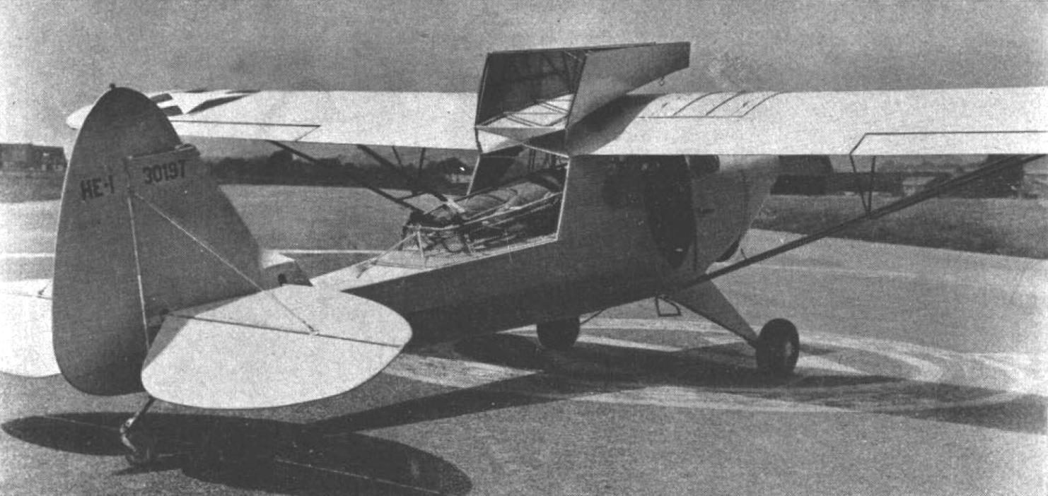 File:Piper HE-1 flying ambulance c1943.jpg - Wikimedia Commons
