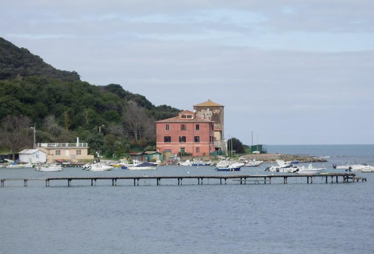 Porto e Torre di Baratti (LI)
